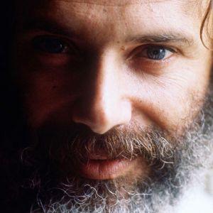 georges-moustaki-en-1970_9b5373827b86c787d66ea6931ff6c9c1a
